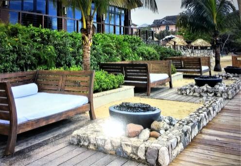 Cozy beachfront fireplace